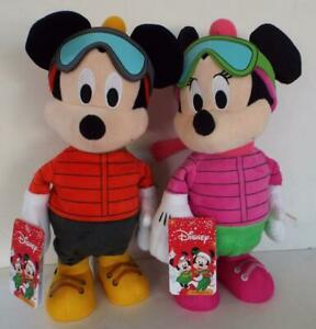 DISNEY Mickey & Minnie DANCING To WE WISH YOU A MERRY CHRISTMAS
