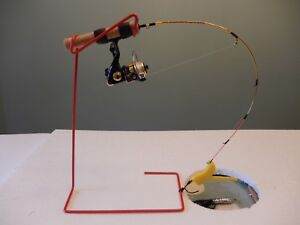WINTER SPECIAL ICE FISHING TIP UPS 3 QUICKSETS FOR $10