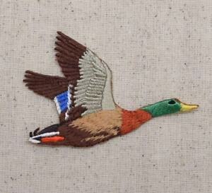 Duck Flying RIGHT Mallard Drake Hunting Iron on Applique Embroidered Patch