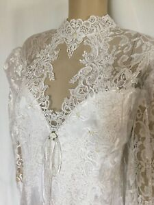 Victorian White Lace Wedding Dress with Self Train Size 22