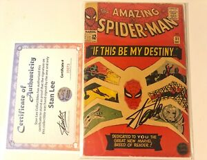 The Amazing Spider-Man #31 SIGNED BY STAN LEE W COA (1st App. Gwen Stacy)