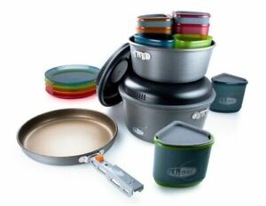 GSI Pinnacle Camper Cook and Eat Set Unisex  New