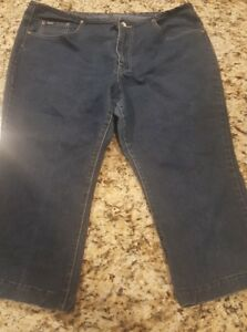 LADIES REVOLT BEST JEANS SIZE 20 PLUS SIZE