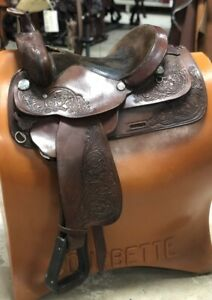 "Circle Y 15"" Park & Trail Saddle Wide Tree Dark Oil Tooled Pre-owned Good Cond"