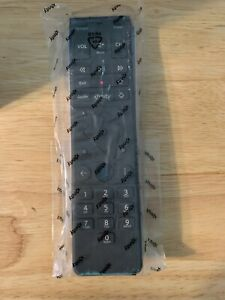 New XfinityComcast Voice Remote Control  XR15-UQ With Manual And Batteries