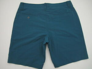 Mens size 36 Under Armour Match Play teal golf shorts
