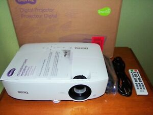 BENQ MH530FHD HD 1080p 3300 Lumens Home Theater Projector MINT 19 Total Hours !