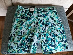 Adidas Ultimate Men's Tropical Print Golf Shorts (Ice Blue) Size 40