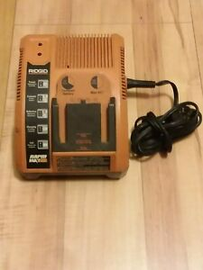 Ridgid Rapid Max Battery Charger 9.6V 12V 14.4V 18V Model 140276003 TESTED Works