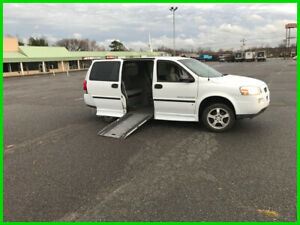 2007 Chevrolet Uplander Cargo van wheelchair handicap breaun side entry 2007 wheelchair 3.9L V6 12V A