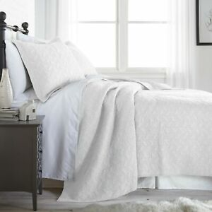 Roswell 3 Piece Modern White Vintage Pre Washed 100% Cotton Quilt Coverlet Set