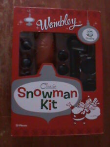 CLASSIC~Build A Snow Man Craft kit~12 pieces~ FUN 4 the hole family !