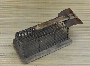 Gorgeous Antique Wooden Wood Rat Mouse Wire Trap Rodent Works