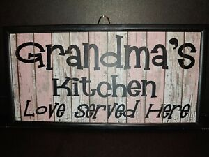 GRANDMA#x27;S KITCHEN LOVE SERVED HERE DAILY PLASTIC WALL DECOUR SIGN 4quot;X 8quot; NEW