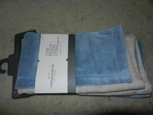 new Threshold Toss Pillow Cover blue 18x18 18