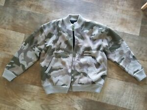 Cabelas fatigue over under Wool sweater Large Windshear
