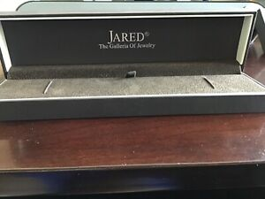 Authentic Jared The Galleria Of Jewelry Gift Box