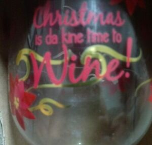 Hawaiian Themed quot;Time to Winequot; Christmas Wine Glass