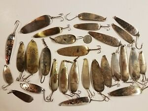 Vintage group lot of early Sutton NY spoon metal fishing lures