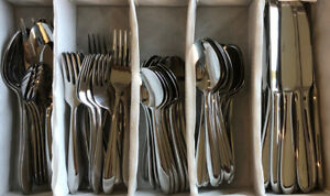 Lot 91 Pcs Oneida Mooncrest Flatware Stainless SS EUC Spoon Fork Serving Knife
