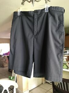Nike Dri Fit Golf Performance Shorts Mens Size 40 Gray Striped Flat Front Shorts $24.99