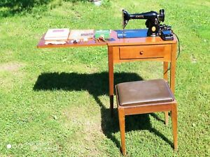 Vintage SINGER 66 16 Sewing Machine Table Bench amp; EXTRAS Model 66 $249.99