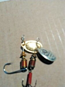 OLD LURE VINTAGE SPINNERS BOTH MEPPS #1 AGLIA SPINNER ONE WITH GOLD .SILVER .