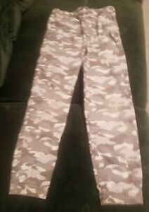 Oshkosh Boys Camo Pants Size 8 $3.00