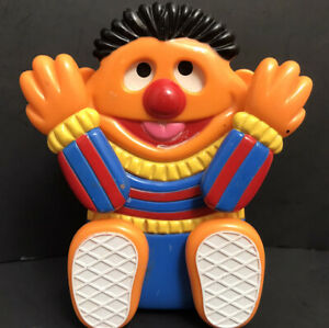 Vintage Sesame Street Ernie Peek A Boo Musical Wind Up Toy By Tyco WORKS GREAT