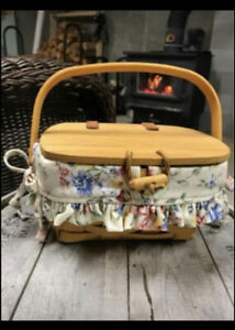 small longaberger basket with lid $18.00