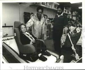 1992 Press Photo Child in car seat at Babyland store in Albany New York $19.99