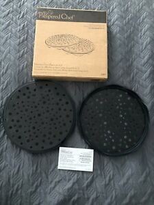 Pampered Chef Black Silicone Microwave Potato Chip Maker #1241 New in Box