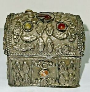 vintage handmade small box white metal amp; colored stones to store jewelry rings $15.00