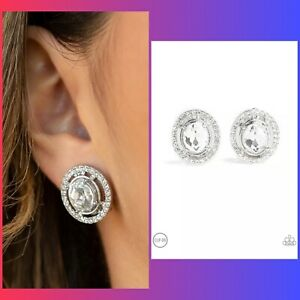 paparazzi Cost A fortune White Clip On Earrings $3.50