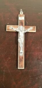 RARE ANTIQUE FROM MOTHER MARGARITA WOOD HAND MADE CRUCIFIX FROM JERUSALEM $30.00