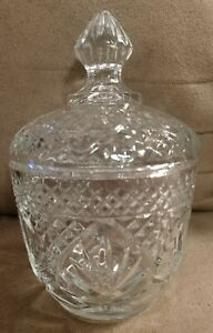 MINT COVERED WITH LID HEAVY CRYSTAL CLEAR Glass Sugar Bowl Diamond Pineapple Fan
