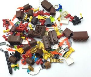 LEGO LOT OF TREASURE CHEST PIECES FLAGS PIRATE MINIFIGURE ACCESSORIES