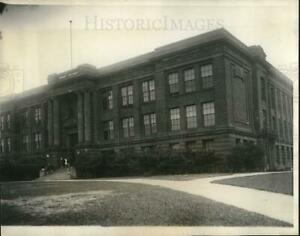 1928 Press Photo Superior Wisconsin Central HS for use as Summer White House $19.99