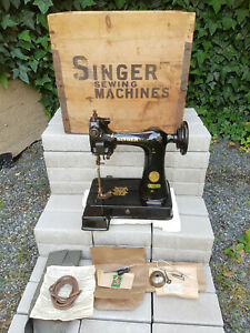 Antique Small Glove Sewing Machine Singer 91K5 1936 Original Box Never used ? $1600.00
