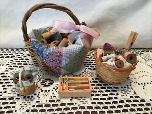 Mini Sewing Baskets home decor sewing room country handsewn Dollhouse Lot of 4 $12.00