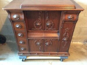 Antique Singer Sewing Machine Model 66 1 Drawing Room Cabinet $400.00