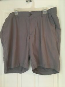 Under Armour Golf Shorts 42 Gray Flat Front Performance Heatgear Loose Stretch $24.99