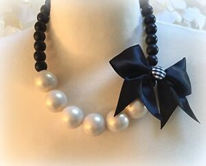 Stunning statement necklace Choker Cream and black pearls.