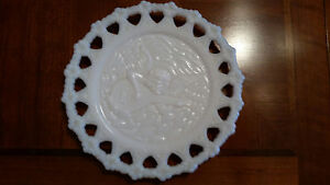 Very unique Kemple Reticulated White Milk Glass Plate Cupid Cherub with Fiddle