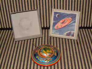 apollo flying saucer friction driven tin by