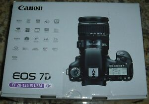 New Canon EOS 7D 18.0 MP Digital SLR Camera Black EF-S IS USM 28-135mm Kit USA