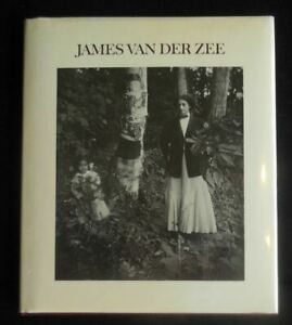 JAMES VAN DER ZEE Photography 1974 Signed Black Americana, Harlem Renaissance