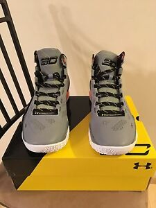 New Under Armour Men's Steph Curry Two Forging Iron Sharpens Iron