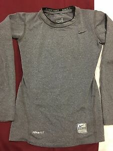 Nike Pro Fit Dry Long Sleeve Shirt Crew Grey Boys Size Small 8