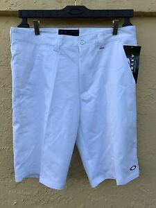 NWT OAKLEY Men Torrey SHORTS Golf Casual   sale White size 34 same day shipping